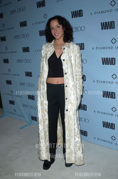 Actress JENNIFER BEALS at Black, White & Diamonds pre-Oscar party in Beverly Hills..21MAR2001.   © Paul Smith/Featureflash