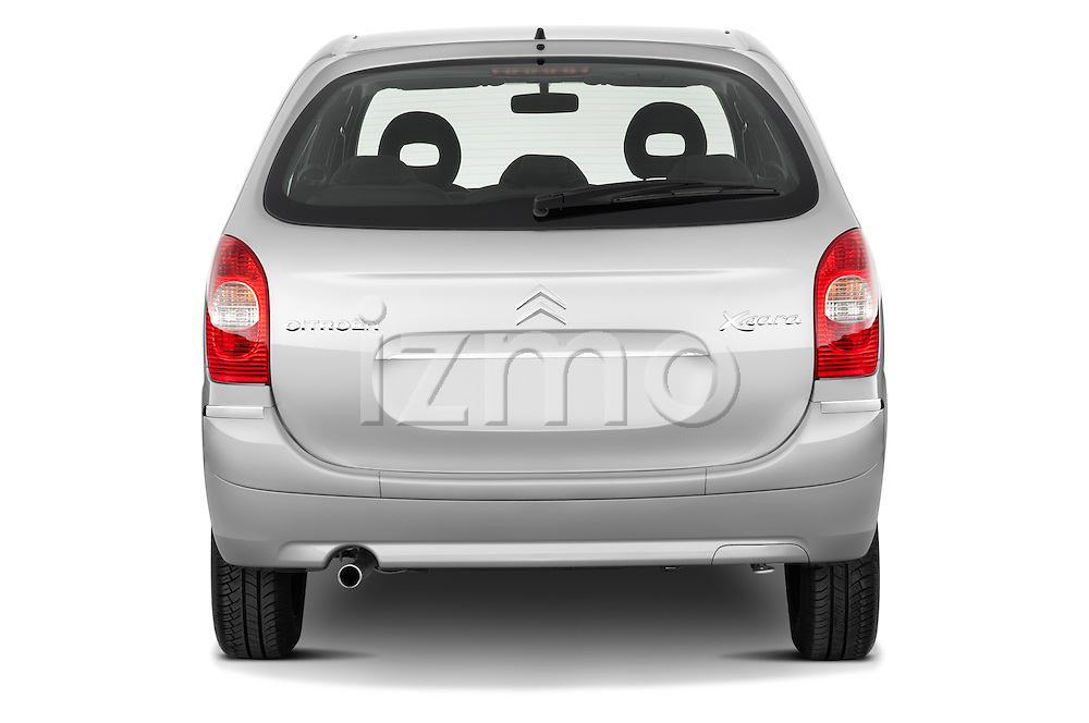 Straight rear view of a 1999 - 2012 Citroen Xsara Picasso Mini Mpv.