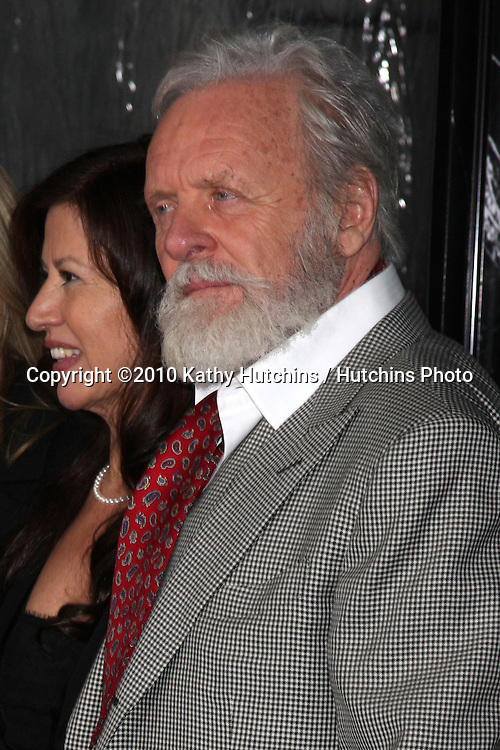 Anthony Hopkins.arrivng at the premiere of The Wolfman..Arclight Hollywood.Los Angeles, CA.February 9, 2010.©2010 Kathy Hutchins / Hutchins Photo....