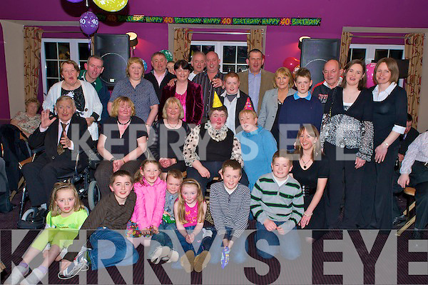 Esther Brosnan, Fossa, pictured with her sisters Margaret, Kathleen, Breda, Eileen and Mary, brothers Michael, Brendan, Patie and Jimmy, family and friends as she celebrated her 40th birthday in the Killarney Valley hotel, Fossa on Sunday night......