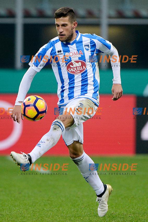 Cristiano Biraghi Pescara<br /> Milano 30-10-2016 Stadio Giuseppe Meazza - Football Calcio Serie A Milan - Pescara. Foto Giuseppe Celeste / Insidefoto