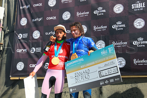 14.08.2016. Newquay, England. Board Masters Surfing Competition Sunday.  Edouard  Delpero FRA in blue vest wins the Boardmasters Longboard Championship ahead of Emilien Fleury FRA
