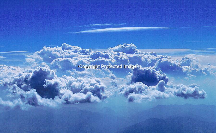 Segelflug, Über den Wolken