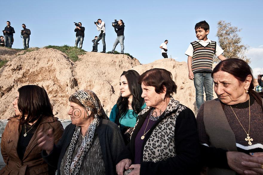 Iraq - Kurdistan - Ankawa -  Christians celebrating the Palm Sunday in the streets of Ankawa, a city mostly inhabited by Christians.