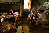 The Glass Castle (2017)<br /> From L to R: Sadie Sink as &quot;Young Lori,&quot; Charlie Shotwell &quot;Young Brian,&quot; Ella Anderson as &quot;Young Jeannette,&quot; Eden Grace Redfield as &quot;Youngest Maureen,&quot; Naomi Watts as &quot;Rose Mary Walls,&quot; and Woody Harrelson as &quot;Rex Walls&quot;<br /> *Filmstill - Editorial Use Only*<br /> CAP/FB<br /> Image supplied by Capital Pictures