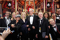 Warren Beatty and Faye Dunaway pose with Stage Managers following the live ABC Telecast of the 90th Oscars&reg; at the Dolby&reg; Theatre in Hollywood, CA on Sunday, March 4, 2018. <br /> *Editorial Use Only*<br /> CAP/PLF/AMPAS<br /> Supplied by Capital Pictures