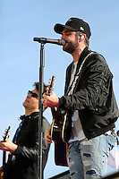 HALLANDALE BEACH, FL - JANUARY 28:  Grammy Nominee Thomas Rhett performs on Pegasus World Cup Invitational Day at Gulfstream Park on January 28, 2017 in Hallandale Beach, Florida. (Photo by Liz Lamont/Eclipse Sportswire/Getty Images)