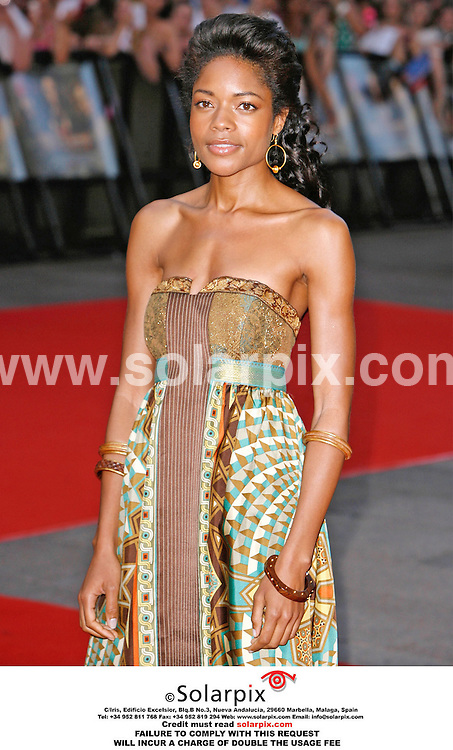 "ALL ROUND PICTURES FROM SOLARPIX.COM. .Naomi Harris arrives for the premiere of ""Pirates of the Caribbean: Dead Man's Chest"" at the Odeon, Leicester Square on 03.07.06. Job Ref: 2537/PRS..MUST CREDIT SOLARPIX.COM OR DOUBLE FEE WILL BE CHARGED.."