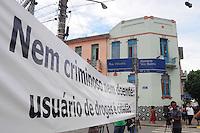 SAO PAULO, SP, 14 Janeiro 2012.Churrasco da gente diferenciada na cracolandia  .  (FOTO: ADRIANO LIMA - NEWS FREE)