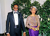 Dr. Robert Lee Wright, Founder and Chairman, Dimensions International, and his wife, June Russell, arrive at the White House in Washington, DC for the State Dinner in honor of President Patricio Aylwin of the Republic of Chile on Wednesday, May 13, 1992.<br /> Credit: Ron Sachs / CNP