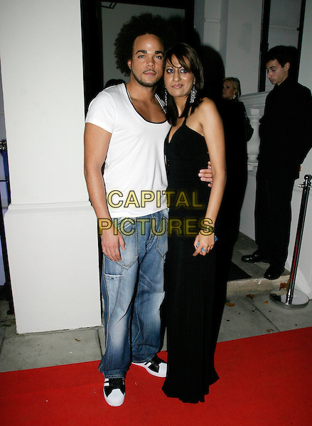 NATE JAMES.Hempel Hotel relaunch party.London 13th October 2005.Ref: AH.full length and friend blue jeans denim white t-shirt.www.capitalpictures.com.sales@capitalpictures.com.© Capital Pictures.