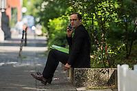 Protest vor dem SPD-Parteikonvent zu CETA und TTIP.<br /> Umwelt- und Verbraucherschutzorganisationen wie Greenpaece, BUND, Naturfreunde Jugend oder Campact protestierten am Sonntag den 6. Juni 2016 vor dem SPD-Parteikonvent zu CETA und TTIP. Sie forderten ein Ende der Verhandlungen mit den USA und Kanada bei den Verhandlungen zu den Freihandelsabkommen.<br /> Im Bild: Bundesjustizminister Heiko Maas (SPD) vor dem Parteikonvent.<br /> 5.6.2016, Berlin<br /> Copyright: Christian-Ditsch.de<br /> [Inhaltsveraendernde Manipulation des Fotos nur nach ausdruecklicher Genehmigung des Fotografen. Vereinbarungen ueber Abtretung von Persoenlichkeitsrechten/Model Release der abgebildeten Person/Personen liegen nicht vor. NO MODEL RELEASE! Nur fuer Redaktionelle Zwecke. Don't publish without copyright Christian-Ditsch.de, Veroeffentlichung nur mit Fotografennennung, sowie gegen Honorar, MwSt. und Beleg. Konto: I N G - D i B a, IBAN DE58500105175400192269, BIC INGDDEFFXXX, Kontakt: post@christian-ditsch.de<br /> Bei der Bearbeitung der Dateiinformationen darf die Urheberkennzeichnung in den EXIF- und  IPTC-Daten nicht entfernt werden, diese sind in digitalen Medien nach §95c UrhG rechtlich geschuetzt. Der Urhebervermerk wird gemaess §13 UrhG verlangt.]