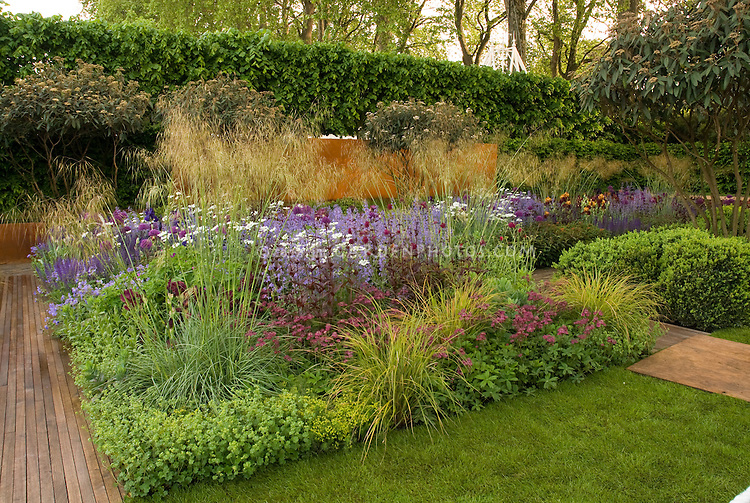 Amazing Best Show Garden Designed By Tom Stuart Smith, Daily Telegraph Garden, 2006  Chelsea