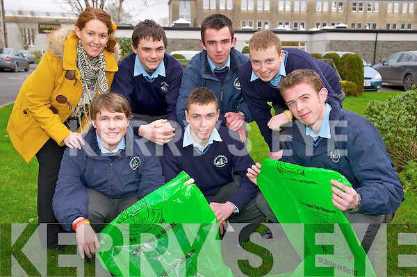 Martin Neville, Colm Walsh, Tomas Sullivan, Dean Murphy, James Collins and Finn Collier with teacher Marie Murphy, St Brendans College, Killarney, who launched their anti-litter campaign for the school and Killarney town.