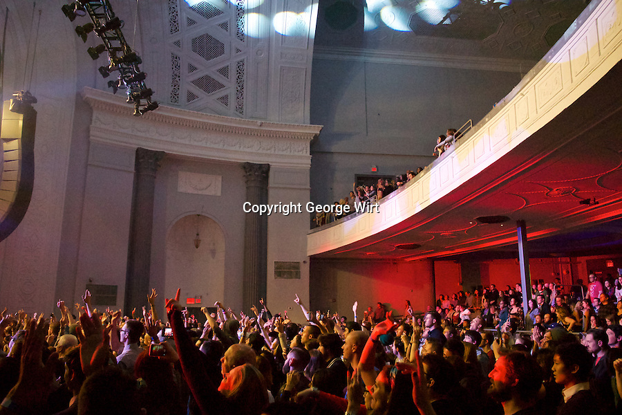 rock concert Maroon 5, maroon 5, justin timberlake, aerosmith, bon jovi, guns n' roses, the who, red hot chili peppers.