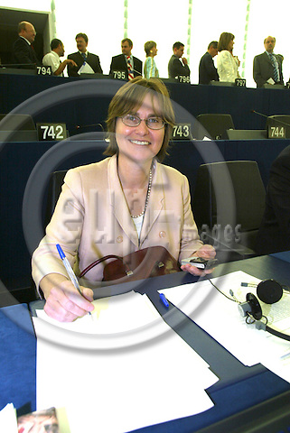 STRASBOURG - FRANCE  -20 JULY 2004--Anne E. JENSEN, Danish MEP for the ALDE Group.--PHOTO: ERIK LUNTANG / EUP-IMAGES