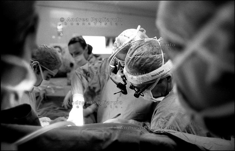 Milano, ospedale Niguarda, cardiochirurgia. <br /> Milan, Niguarda hospital, heart surgery.