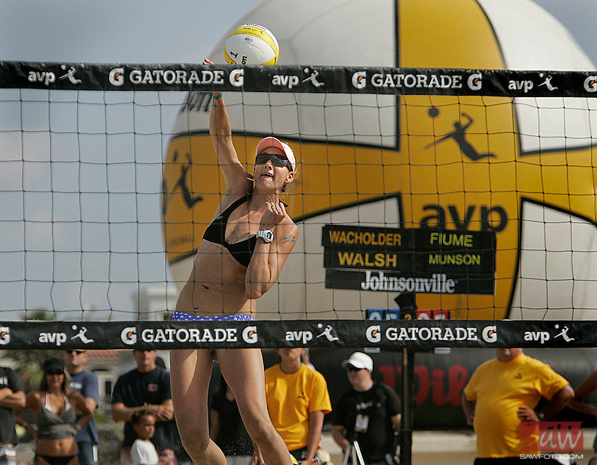 HERMOSA BEACH,CA - AUGUST 7,2009:   Two-time Olympic gold medalist Kerri Walsh makes her comeback at the AVP Hermosa Beach Open August 7, 2009. Walsh, who has not played since having her first child, with Rachel Wacholder as her partner. AVP Crocs Slam Bud Light Hermosa Beach Open is in full swing. Top men and women volleyball players are competing for almost quarter million in prize money..Spencer Weiner/Los Angeles Times