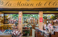 France, Provence-Alpes-Côte d'Azur, Nice: shopping in Old Town quarter - olive oils at La Maison de l'Olive | Frankreich, Provence-Alpes-Côte d'Azur, Nizza: Einkaufen in Nizzas Altstadtgassen, Olivenoele im La Maison de l'Olive