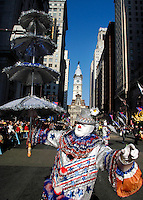 PHILADELPHIA - JANUARY 1: Robert Delany, of Philadelphia, Pennsylvania participates the Philadelphia Mummers Parade dressed as a clown January 1, 2005 in Philadelphia, Pennsylvania. The Philadelphia Mummers Parade, which is the nation's oldest folk festival, features string bands, fancy division, fancy brigades, and comic division participants competing for $100,000 in prizes handed out by the city of Philadelphia. (Photo by William Thomas Cain/Getty Images)