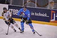 IJSHOCKEY: LEEUWARDEN: 04-10-2015, Elfstedenhal, UNIS Flyers - Tilburg Trappers, uitslag 9-1, Marco Postma (#19), ©foto Martin de Jong