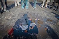 Querétaro, Qro. 12 Marzo 2014.- El presidente municipal de Querétaro, Roberto Loyola Vera, realizó esta mañana un recorrido de supervisión por obras que se entregarán en el primer semestre del año y que superan los 40 millones de pesos. Las obras visitadas son: los avances de las obras que se realizan en el Río Querétaro, la construcción de un Biodigestor para el rastro municipal, la instalación de báscula y caseta de control en la Unidad de Transferencia 1 y lo que será la Unidad de Transferencia 2 en Tlacote El Bajo.<br /> <br /> Victor Pichardo / Cortesía / Obture Press Agency