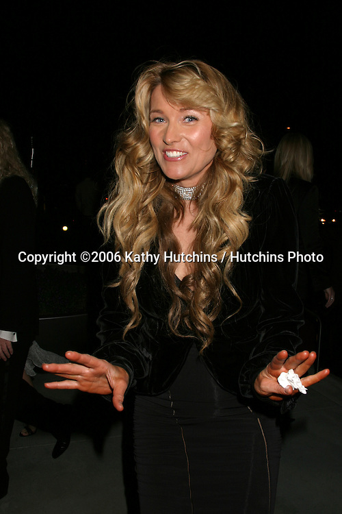 Lucy Lawless.Warner Brothers Post Grammy Party.Pacific Design Center.Los Angeles, CA.February , 2006.©2006 Kathy Hutchins / Hutchins Photo.