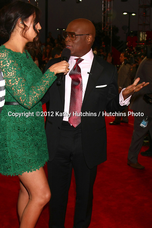 LOS ANGELES - DEC 20:  Khloe Kardashian Odom, LA Reid at the 'X Factor' Season Finale at CBS Television City on December 20, 2012 in Los Angeles, CA