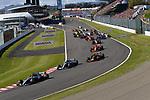 07.10.2018, Suzuka International Racing Course, Suzuka, Formula 1 2018 Honda Japanese Grand Prix<br />  , im Bild<br />Rennstart:<br />Lewis Hamilton (GB#44), Mercedes AMG Petronas Formula One Team, Valtteri Bottas (FIN#77), Mercedes AMG Petronas Formula One Team, Max Verstappen (NEL#33), Aston Martin Red Bull Racing, Kimi Raikkonen (FIN#7), Scuderia Ferrari, Sebastian Vettel (GER#5), Scuderia Ferrari, Esteban Ocon (FRA#31), Racing Point Force India F1 Team, Sergio Perez (MEX#11), Racing Point Force India F1 Team<br /><br /><br /> <br /> <br /> Foto &copy; nordphoto / Bratic