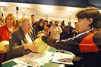 15-02-2005,Rotterdam, ABNAMROWTT ,handtekeningensessie met Corio
