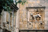 Europe/Croatie/Dalmatie/ Ile de Korcula/Korcula:  Détail blason d'une vieille demeure