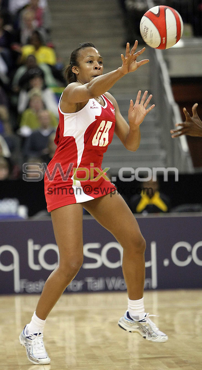 PICTURE BY BEN DUFFY/SWPIX.COM - Netball - The Co-Operative International Series - England v Jamaica, First Test - O2 Arena, London, England - 22/02/09...Copyright - Simon Wilkinson - 07811267706...England's Pamela Cookey.