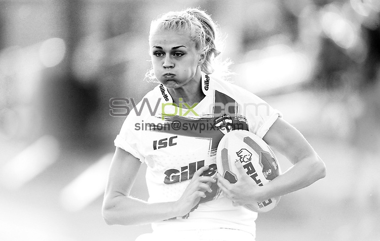 PICTURE BY VAUGHN RIDLEY/SWPIX.COM - Rugby League - Festival of World Cups - England Women vs France Women - Loverugbyleague.com Stadium, Batley, England - 11/07/13 - England's Holly Myers.