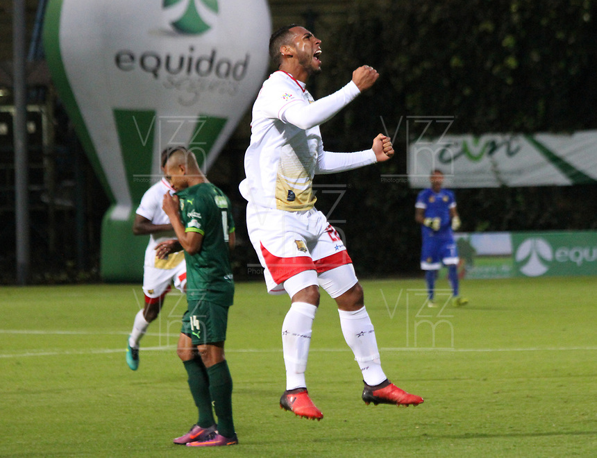 BOGOTA -COLOMBIA, 22-05-2017.Juan Suescun player of Rionegro Aguilas celebrates his goal agaisnt of La Equidad .Action game between  La Equidad and Rionegro Aguilas during match for the date 19 of the Aguila League I 2017 played at Metroplitano of Techo stadium . Photo:VizzorImage / Felipe Caicedo  / Staff