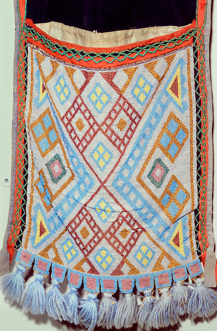 Chippewa (Ojibway) geometric beadwork design on shoulder bag called a bandolier.