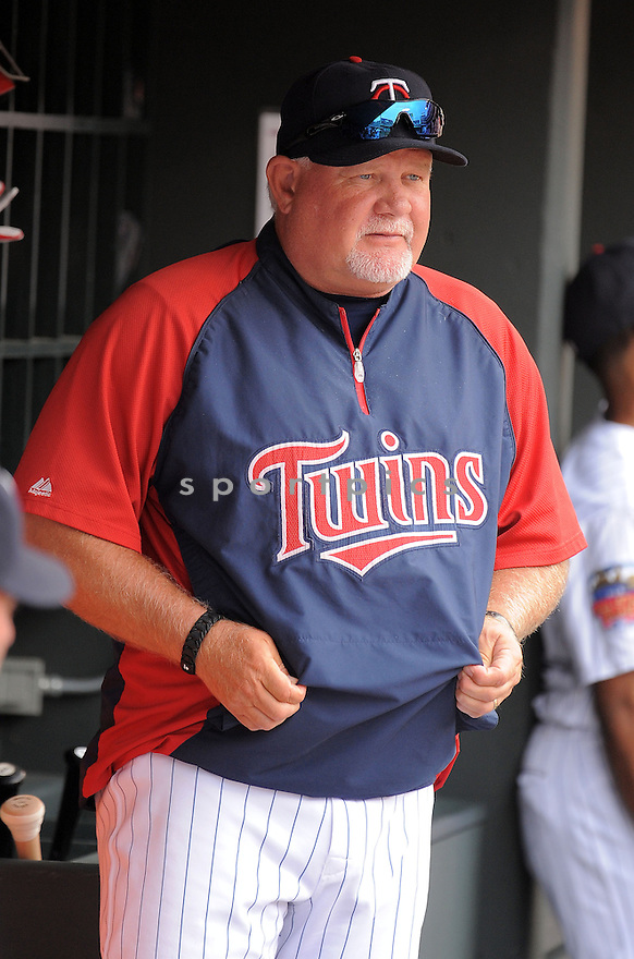 Minnesota Twins Ron Gardenhire (35) during a game against the Kansas City Royals on August 17, 2014 at Target Field in Minneapolis, MN. The Royals beat the Twins 12-6.