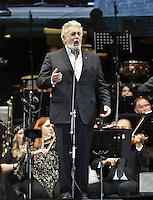 Placido Domingo le Canta a SONORA