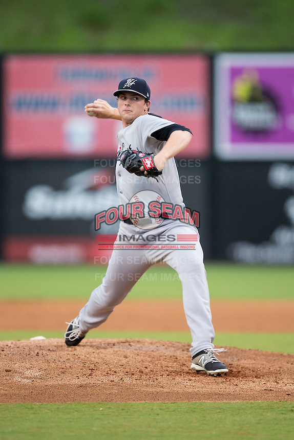 Pulaski Yankees starting pitcher Drew Finley (27) in action against the Danville Braves at Legion Field on August 7, 2015 in Danville, Virginia.  The Yankees defeated the Braves 3-2. (Brian Westerholt/Four Seam Images)