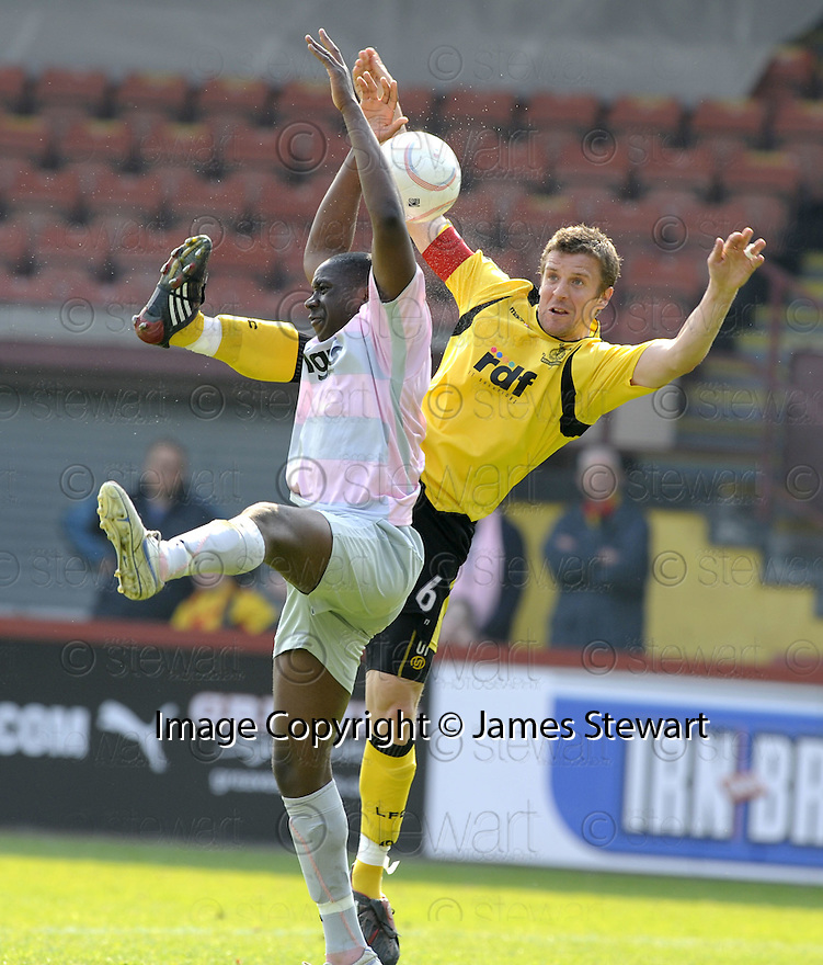 25/04/2009  Copyright Pic: James Stewart.sct_jspa02_partick_v_livingston.LIVINGSTON'S CHRISS INNES AND PARTICK'S LUCAS AKINS.James Stewart Photography 19 Carronlea Drive, Falkirk. FK2 8DN      Vat Reg No. 607 6932 25.Telephone      : +44 (0)1324 570291 .Mobile              : +44 (0)7721 416997.E-mail  :  jim@jspa.co.uk.If you require further information then contact Jim Stewart on any of the numbers above.........