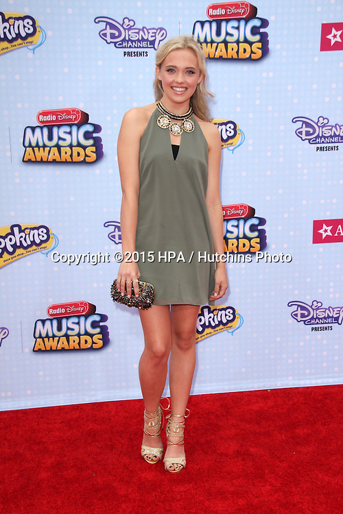 LOS ANGELES - FEB 25:  Lauren Taylor at the Radio DIsney Music Awards 2015 at the Nokia Theater on April 25, 2015 in Los Angeles, CA