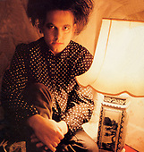 1985: THE CURE - Robert Smith photosession
