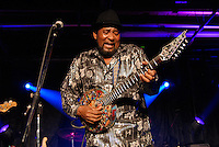 Mississippi guitarist Super Chickan Johnson plays his own handmade guitar in Jackson Mississippi. Photo©Suzi Altman