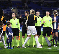 20191116 – LYON ,  FRANCE ; Assistant referee Camille Soriano, Savina Elbour, referee Victoria Beyer and assistant referree Jennifer Maubcq are shaking hands with the players at the start of the women's soccer game between Olympique Lyonnais and PARIS SG on the 9th matchday of the French Women's first league , D1 of the 2019-2020 season , Saturday 16 th November 2019 at the Groupama stadium in Lyon , France . PHOTO SPORTPIX.BE   SEVIL OKTEM
