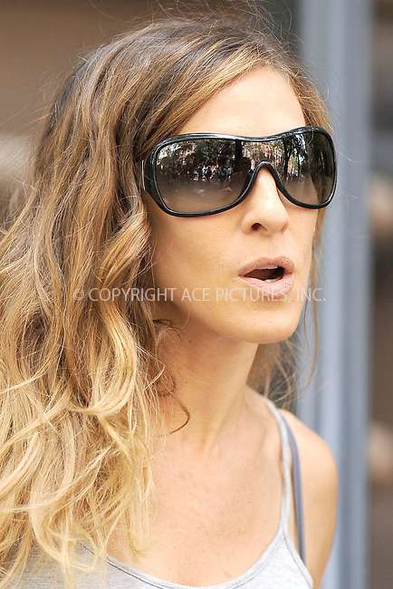 WWW.ACEPIXS.COM . . . . . .September 4 2009, New York City....Actress Sarah Jessica Parker on the set of Sex and the City September 4, 2009 in New York City....Please byline: KRISTIN CALLAHAN - ACEPIXS.COM.. . . . . . ..Ace Pictures, Inc: ..tel: (212) 243 8787 or (646) 769 0430..e-mail: info@acepixs.com..web: http://www.acepixs.com .