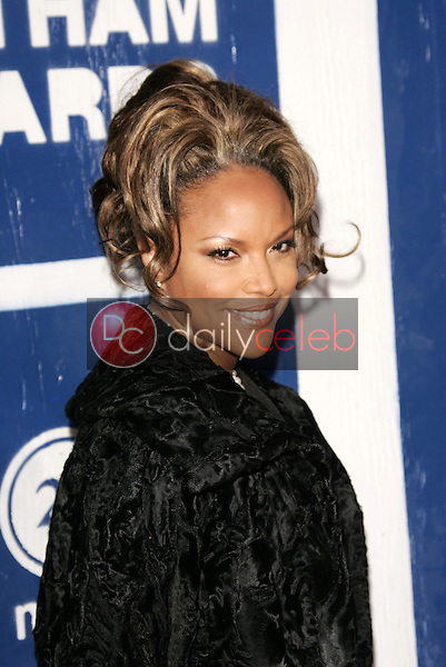 Lynn Whitfield<br />at IFP's 15th Annual Gotham Awards, Chelsea Piers, New York City, NY. 11-30-05<br />Dave Edwards/DailyCeleb.com 818-249-4998
