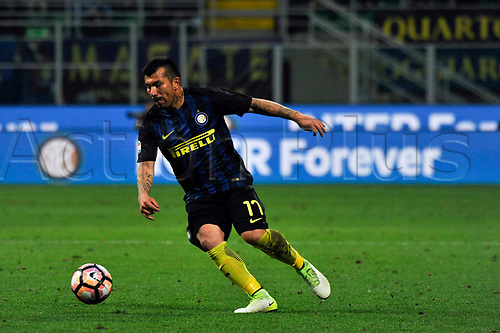 April 30th 2017, San Siro Stadium, Milan, Italy; Gary Medel of Inter  in action during the Serie A football match, Inter Milan versus Napoli; Napoli won the game by a score of 0-1