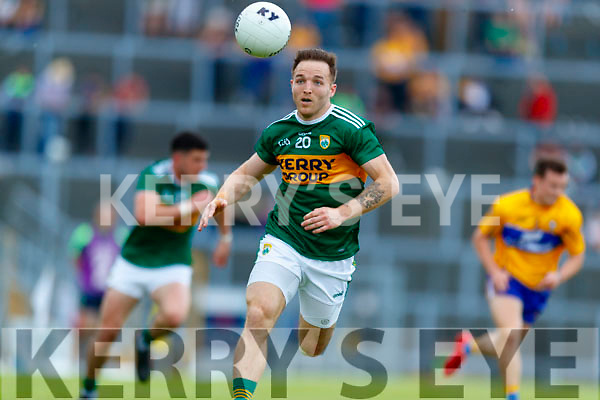 Darran O'Sullivan Kerry in action against  Clare during the Munster GAA Football Senior Championship semi-final match between Kerry and Clare at Fitzgerald Stadium in Killarney on Sunday.