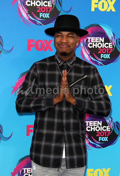 13 August 2017 - Los Angeles, California - Ne-Yo. Teen Choice Awards 2017 Arrivals held at The Galen Center in Los Angeles. Photo Credit: AdMedia
