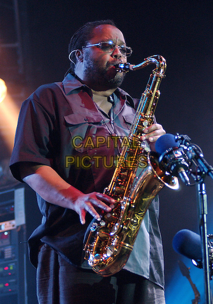 LEROI MOORE of the DAVE MATTHEWS BAND .Makes a tour stop at the Post-Gazette Pavilion, Pittsburgh, PA, USA, June 4, 2005..half length saxaphone live concert gig stage music.Ref: ADM.www.capitalpictures.com.sales@capitalpictures.com.©AdMedia/Capital Pictures.