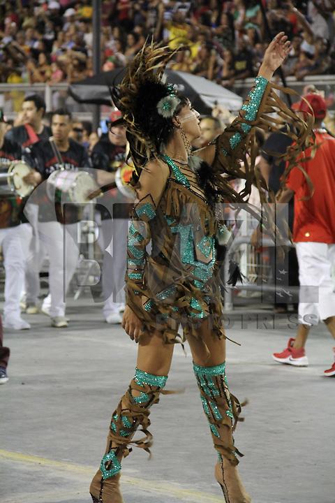 SÃO PAULO,SP,19.01.2019 - CARNAVAL-SP - Ensaio Técnico Geral da escola de samba Mocidade Alegre, no sambódromo do Anhembi localizado na zona norte de São Paulo na noite desta sexta-feira, 19. (Foto:Nelson Gariba/Brazil Photo Press)